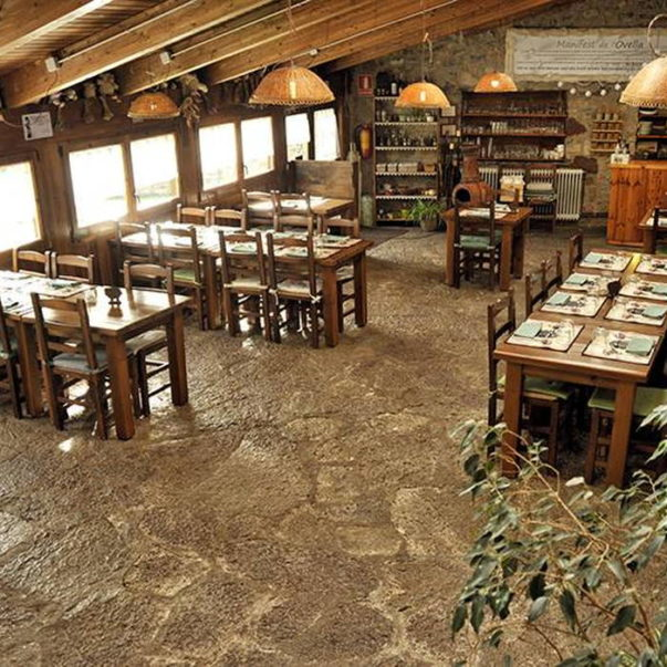 allotjament rural restaurant colonies la closa castellar de n'hug bergueda