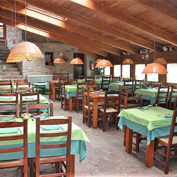 allotjament rural restaurant colonies la closa castellar de n'hug bergueda